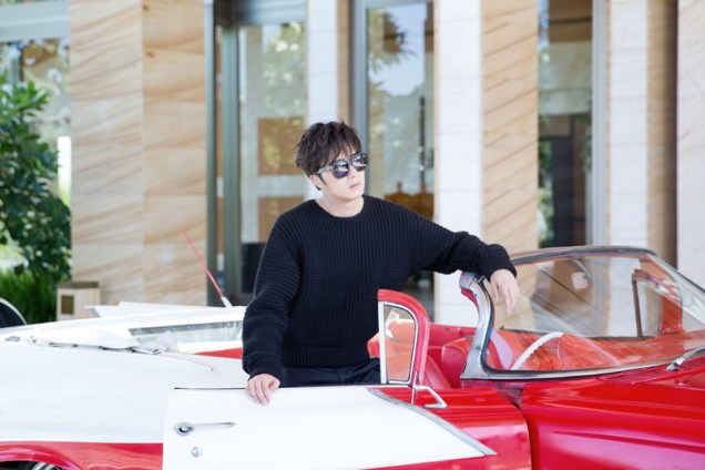 2014 10:11 Jung Il-woo in Bali for BNT International Part 1: Cars 18