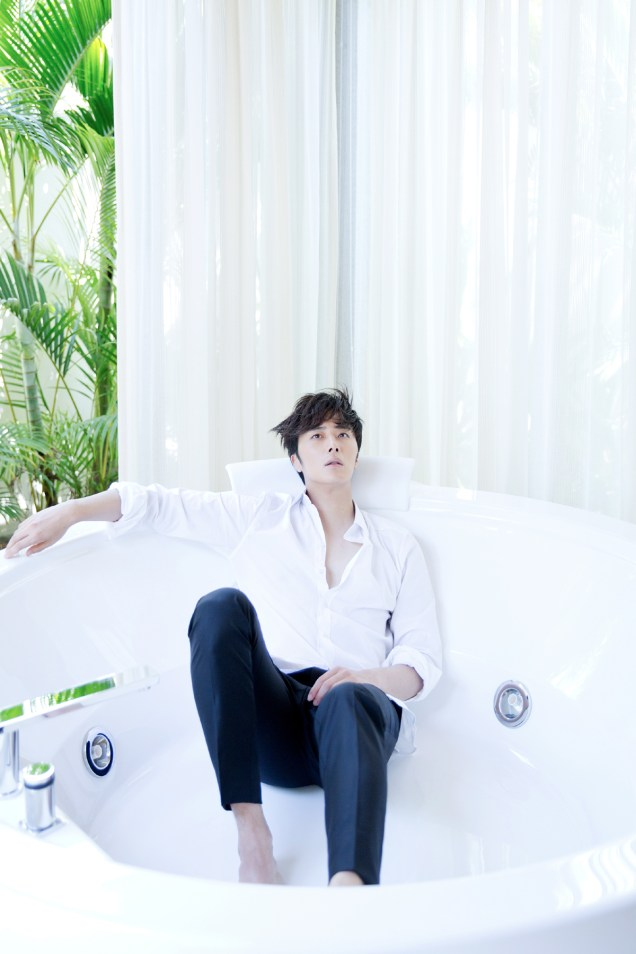 2014 10:11 Jung Il-woo in Bali for BNT International Part 2: Bath Tub Cr.jungilwoo.com and BNT International 2