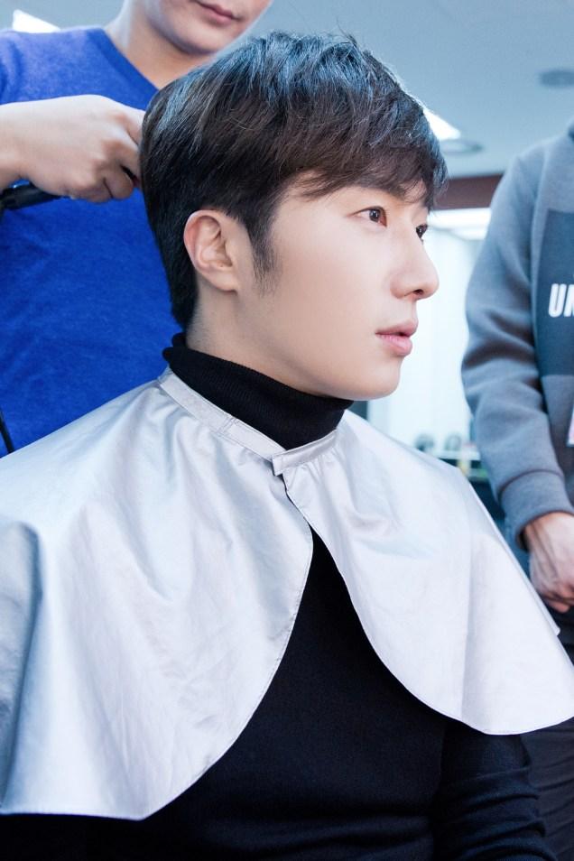 2014 11 22 Jung II-woo in his Fourth Korean Fan Meet. Cr.jungilwoo.com 11