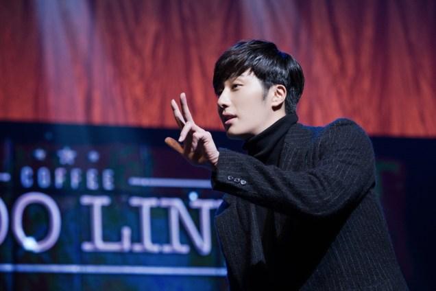 2014 11 22 Jung II-woo in his Fourth Korean Fan Meet. Cr.jungilwoo.com 36.jpg