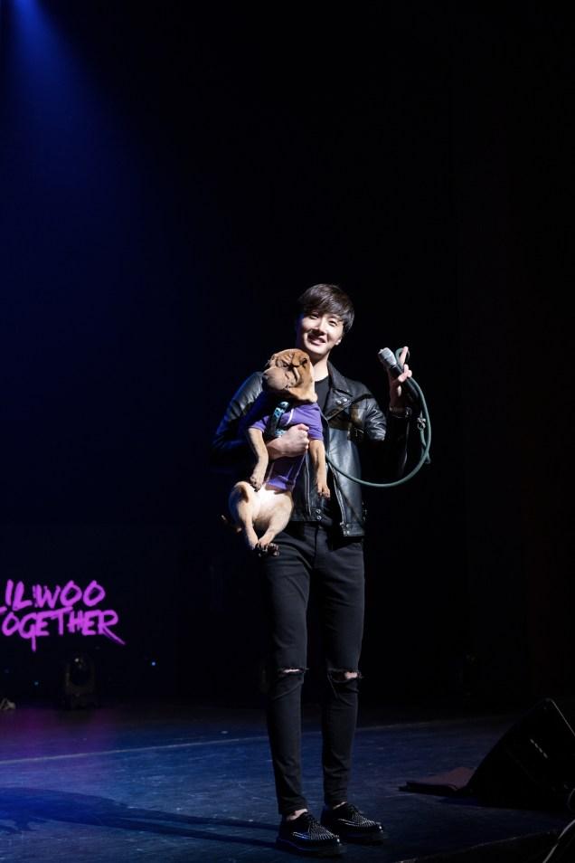 2014 11 22 Jung II-woo in his Fourth Korean Fan Meet. Cr.jungilwoo.com 94.jpg