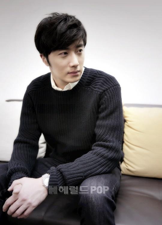 2014 11 Interviews Part 3 Black Sweater 3