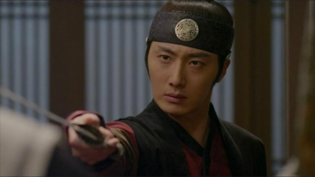 2014 11 Jung II-woo in The Night Watchman's Journal Episode 24 13