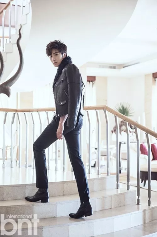2014 11 Jung Il-woo in Bali Photo Shoot for BNT International. More with Logo 35.png