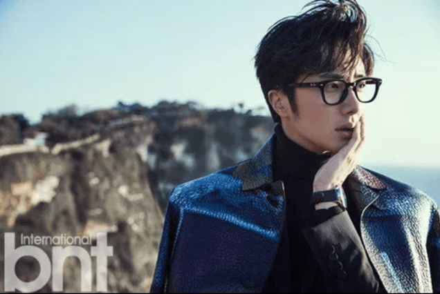 2014 11 Jung Il-woo in Bali Photo Shoot for BNT International. More with Logo 4.png