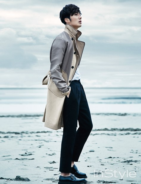 2015 3 Jung Il-woo at Mont Saint Michel for Style magazine Photo Shoot 4