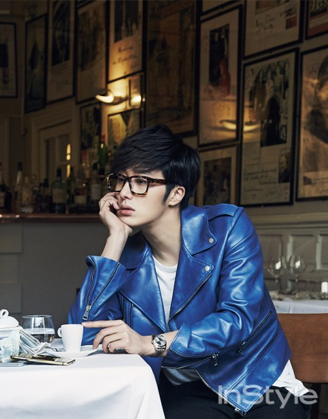 2015 3 Jung Il-woo at Mont Saint Michel for Style magazine Photo Shoot 8