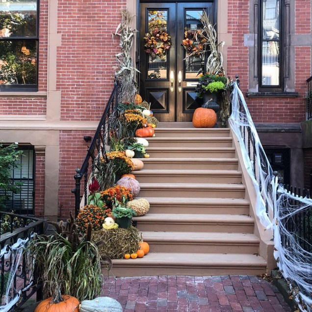 2018 Boston decorated for Halloween. Cr. Fan 1316
