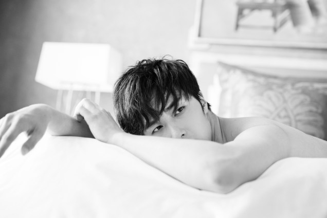 22014 10:11 Jung Il-woo in Bali for BNT International Part 2: In Bed Cr.BNT International2