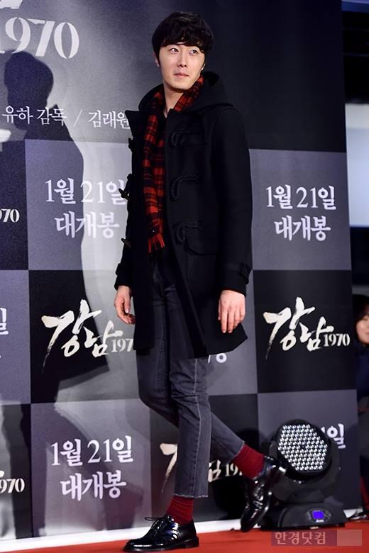 2015 1 20 Jung Il-woo attends VIP Premiere of Gangnam 1970. 6
