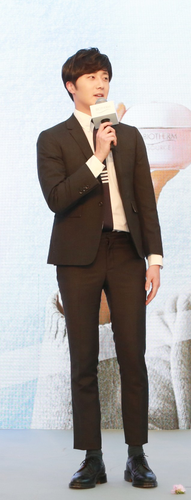 2015 3 20 Jung Il-woo at a Biotherm Event in Beijing, China. 10