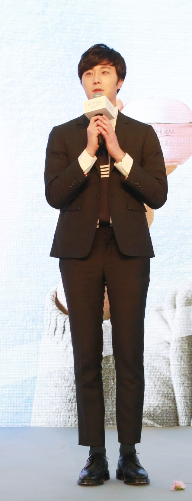 2015 3 20 Jung Il-woo at a Biotherm Event in Beijing, China. 13