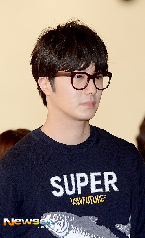 2015 4 25 Jung Il-woo in his Fan Meeting Rainbo-Woo in Tokyo, Japan. Arriving at the airport. 12