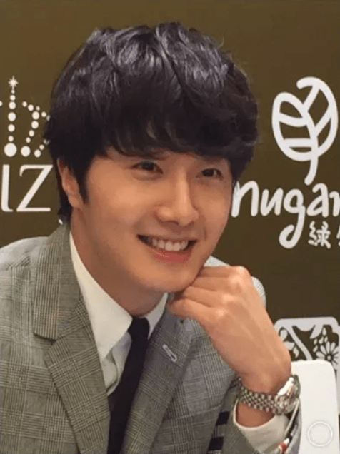 2015 5 19 Jung Il Woo attends the '2015 China Shanghai Cosmetics and Beauty Expo' 51