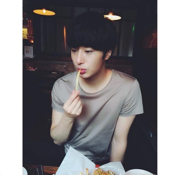 2015 05 28 Jung Il-woo Instagram Post.jpg