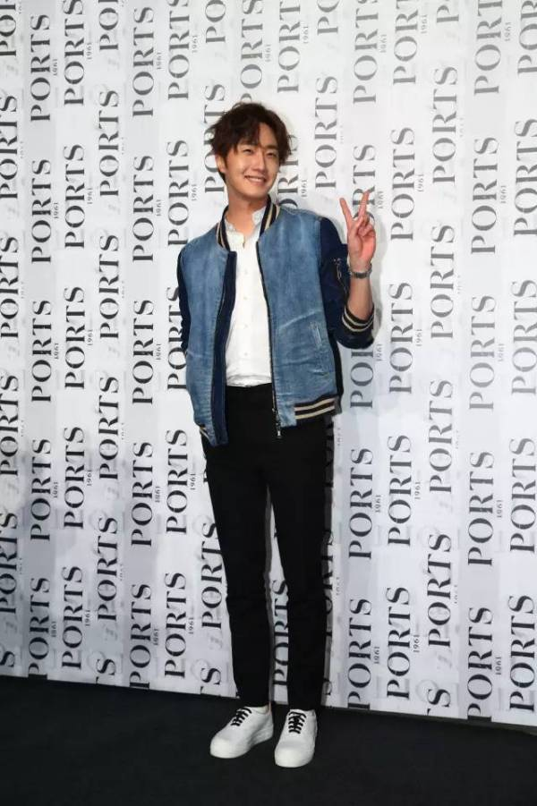 2015 10 13 Jung Il-woo at the Ports 1961 Fashion Show in Shanghai, China.6