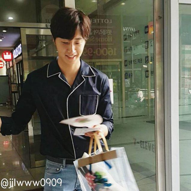2015 Jung Il-woo in High End Crush BTS Cr. SOHU TV111