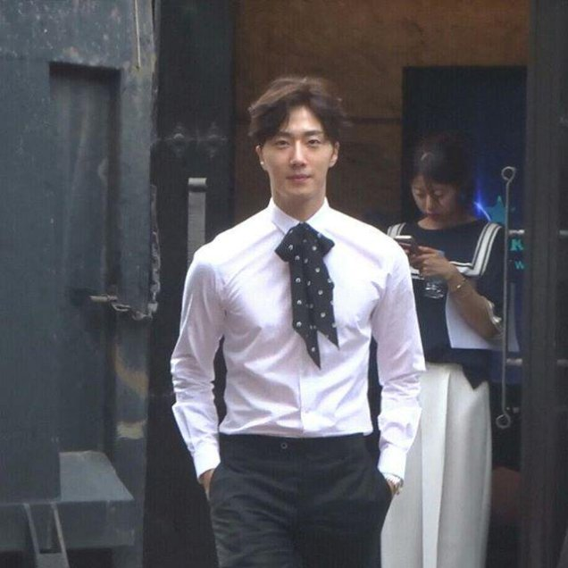 2015 Jung Il-woo in High End Crush BTS Cr. SOHU TV36