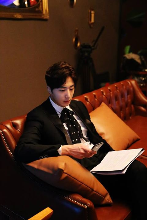 2015 Jung Il-woo in High End Crush BTS Cr. SOHU TV41