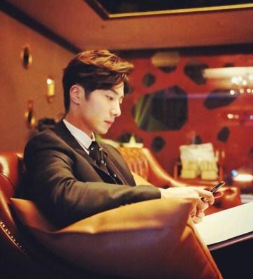 2015 Jung Il-woo in High End Crush BTS Cr. jungilwoo.com