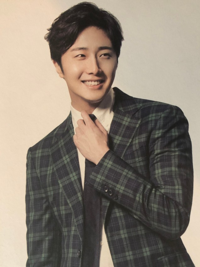 2015 Jung Il- woo in Plaid Photo Shoot Cr. Jung Il-woo 10th Anniversary Book.MP45