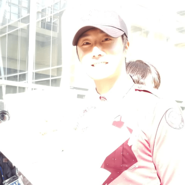 2018 11 30 Jung Il-woo on his military discharge day. 85