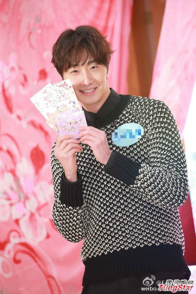 2016 1 23 hong kong fan meeting. envelopes. cr. on photos.4