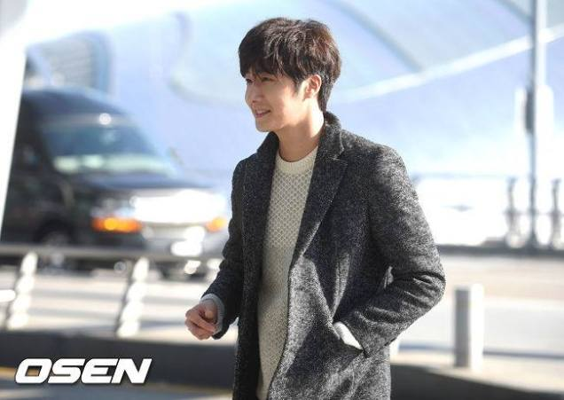 2016 1 9 jung il-woo in the airport going to shanghai for the smile cup part 2 8