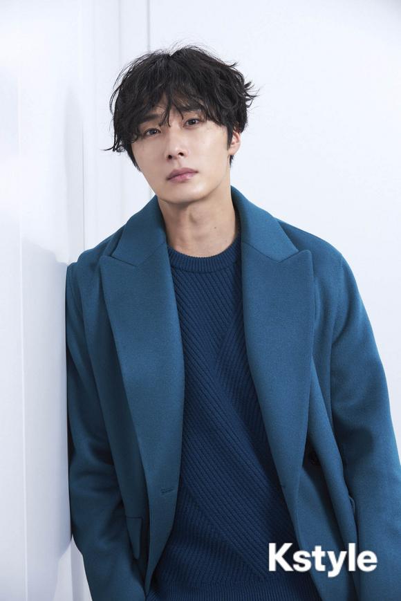 2019 1 9 Jung Il-woo in KStyle Magazine.  13.jpg