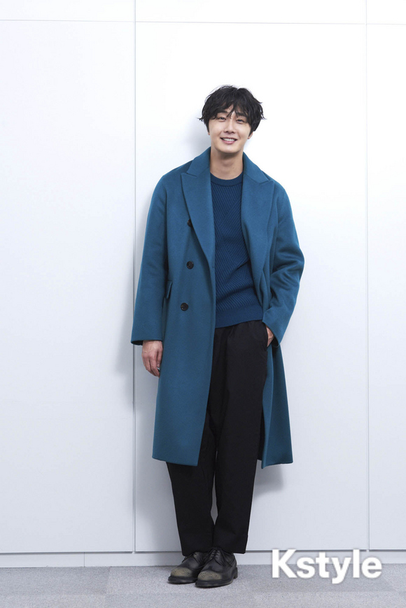 2019 1 9 Jung Il-woo in KStyle Magazine.  6.jpg