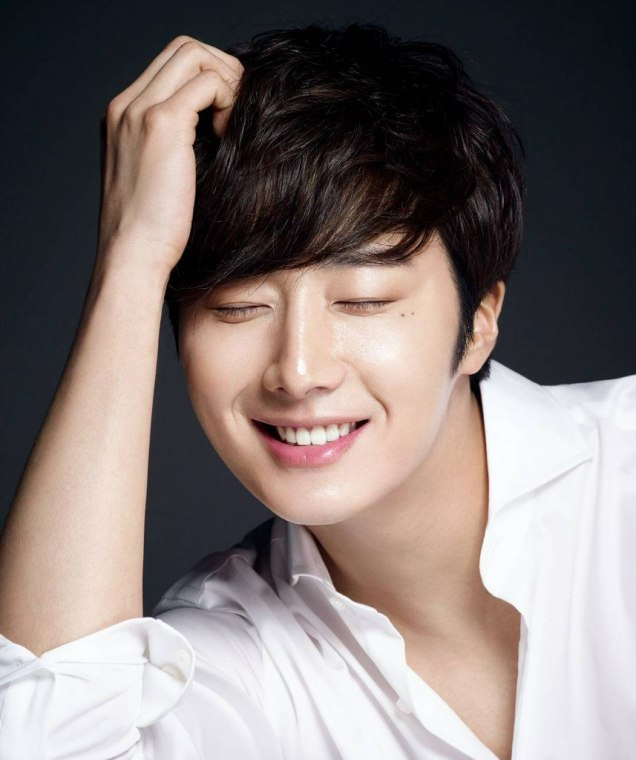 2016 4 8 Jung Il-woo for RNW Cosmetics. Cr. Damiin.1