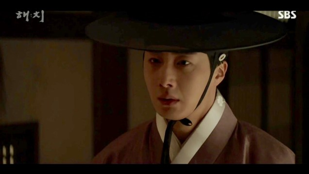 2019 2 18 Jung Il-woo in Haechi Episode 4 (7,8) Cr. SBS. Screen Captures by Fan 13. 56