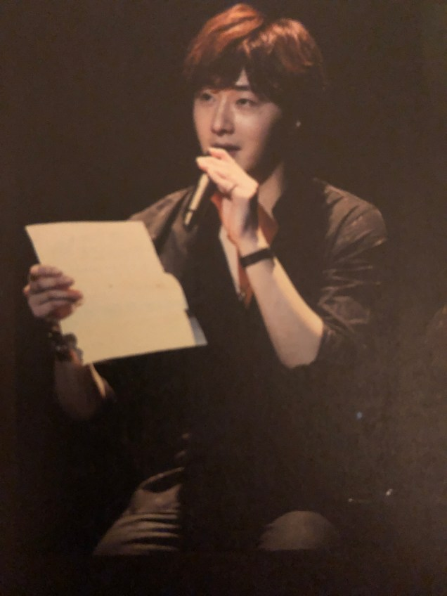2016 4 15 Jung Il-woo at the 10th Thank You Fan Meeting in Japan. Cr. Taken by Fan 13 from his 10th Anniversary Japanese Book. 7
