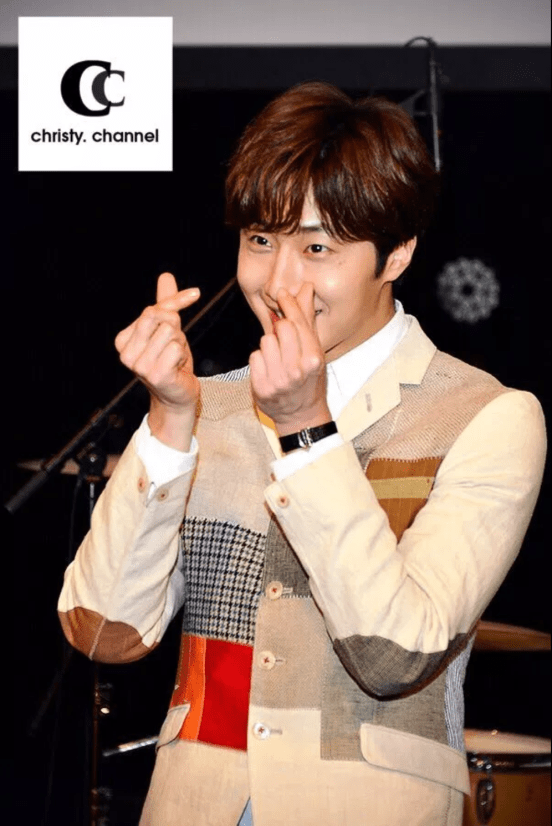 2016 4 15 Jung Il-woo at the Press Conference for his 10th Thank You Fan Meeting in Japan. 17