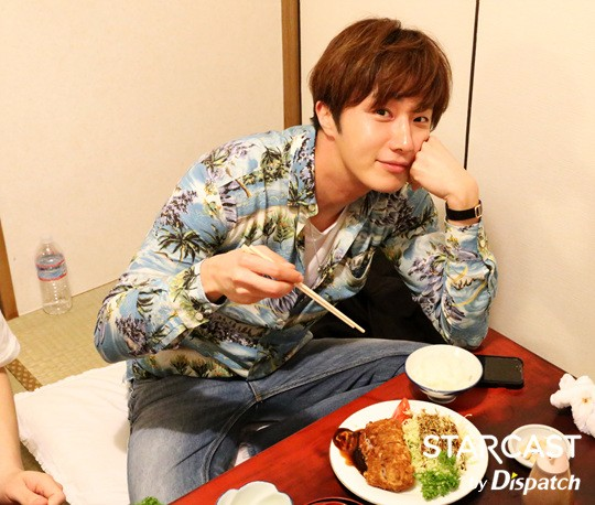 2016 Jung Il-woo in his 10th Thank You Fan Meeting in Japan. Cr. Starcast 10.jpg