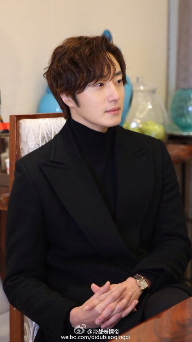 2015 10 Jung Il-woo in an Interview of Beautiful Woman : Beauty Dream. 12