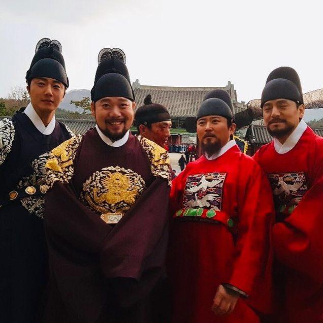 2019 3 26 Jung Il-woo in Haechi Episode 14(27,28) Website & Behnd the Scenes. Cr. SBS 9