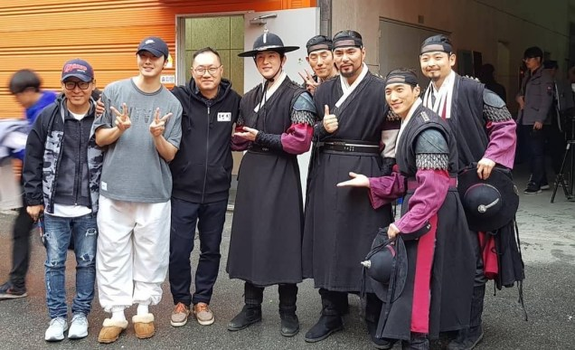 Jung Il-woo in Haechi Episode 22 (43-44) Behind the Scenes. Cr. SBS 1