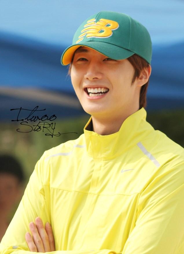 2011 10 09 Jung II-woo Athletic Fan Meeting 00110.jpg