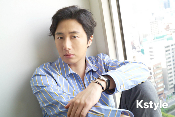 Jung Il-woo for K-Style Magazine, Japan. 2.jpg