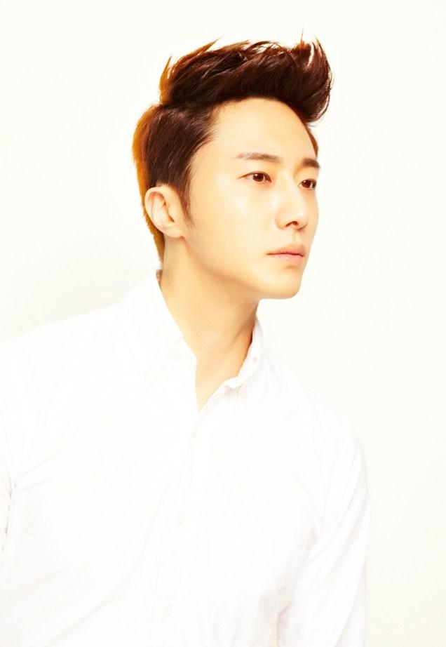2013 10 Jung II-woo Rainbow Photo Shoot Part 5 Aqua Man00010