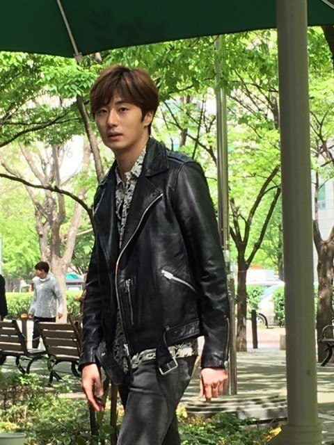 2016 5 Jung Il-woo in Cinderella and the Four Knights Episode 1. Fan Taken. Cr. On Photo. 10