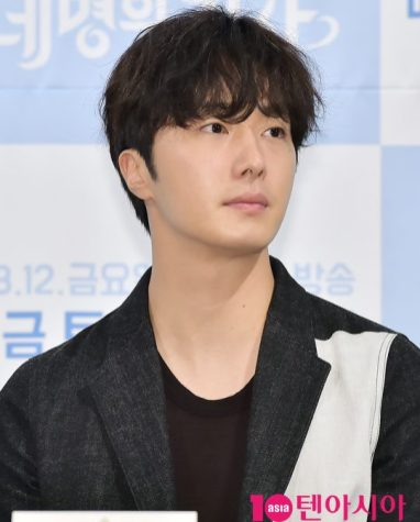 2016 8 10 Jung Il-woo at the Production Conference for Cinderella and the Four Knights. 66