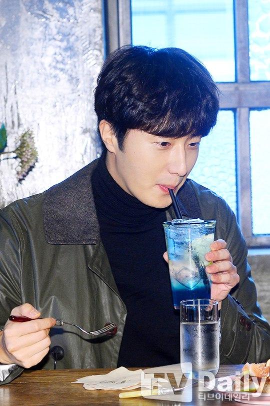 2016 10 19 Jung Il woo in MTV Taiwan Idols of Asia. 1