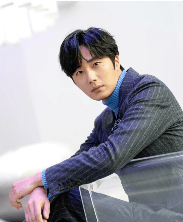 Jung Il-woo at a SBS press Conference. Jan 21, 2019