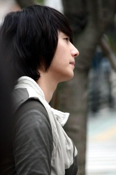2007 Jung Il woo in Keu Keu Island6.jpg