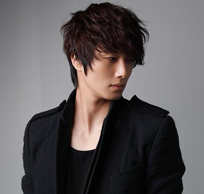 2011 Jung Il woo as The Scheduler in 49 Days. Posters. 4.jpg