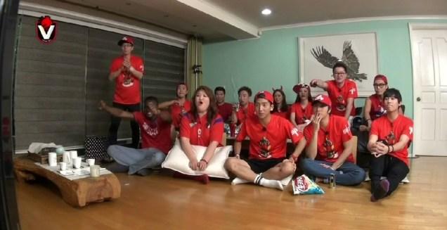 2014 6 Jung Il-woo in Infinite Challenge Cheering indoors8