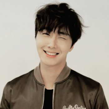 2016 Jung Il woo images with the Green Jacket from his 10th Anniversary. 4