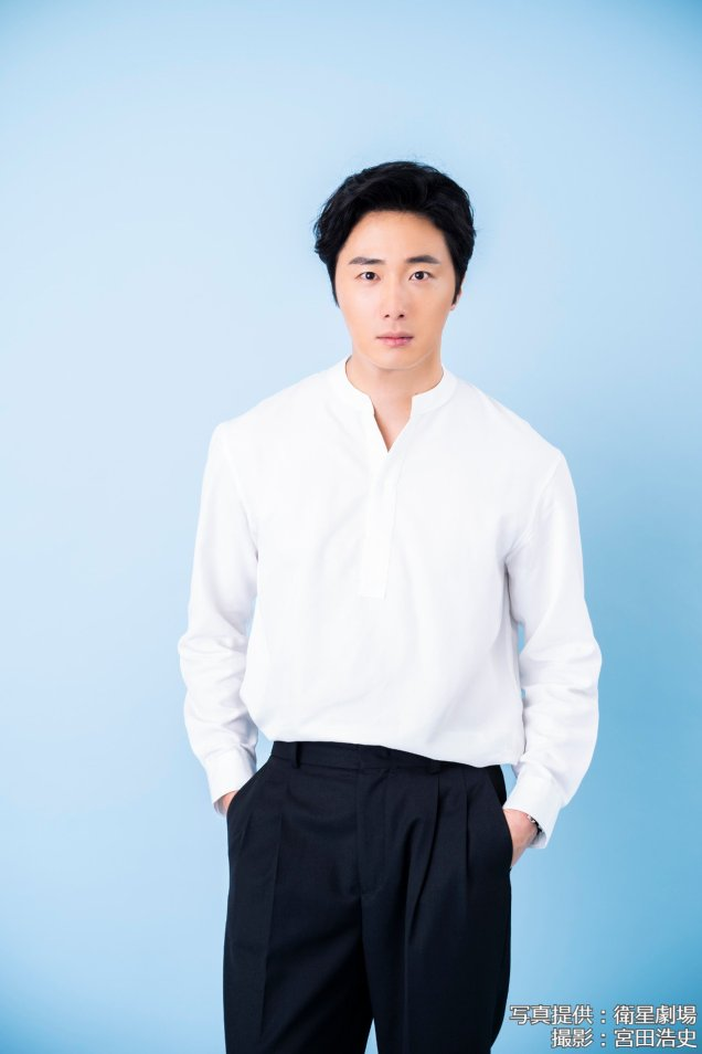 2019 7 Jung Il woo in Japanese Magazines (interview at the fan signing in Japan) Mag. 2 2
